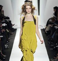 Sarı Renk 15 Gece Elbisesi ve Gündelik Kıyafet