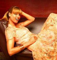 Moda dünyasının eskimeyen güzeli Evangelista, Prada ile anlaştı