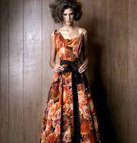Renkli ve Çiçekli Elbise Modelleri 2008 Sonbaharında Çok Moda!