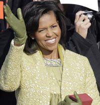 Michelle Obama, Sarı Elbise, Manto ve Tasarımcı Seçimiyle Moda Gündeminde