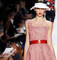 Yazlık Elbise : Ünlü Defileler