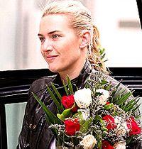 Deri Ceket Hediyesiyle Kate Winslet