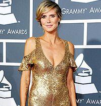 Ünlülerin Elbiseleri : Grammy 2011