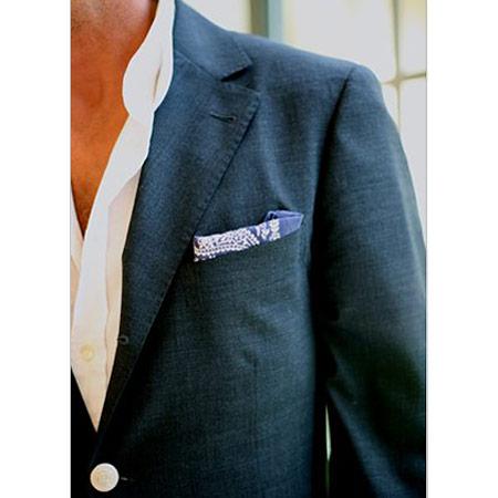 Lacivert Erkek Ceket, Beyaz Spor Gömlek ve Mendil