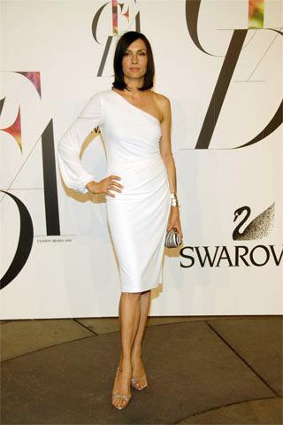 Famke Janssen David Meister Beyaz Elbise