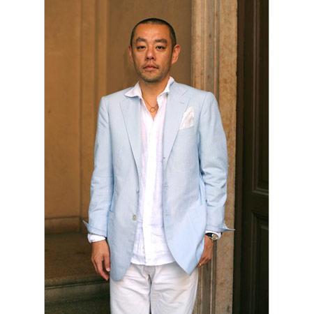 Mavi Keten Ceket Beyaz Gömlek ve Pantalon