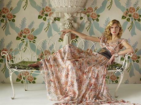 Zara Uzun Çiçekli Elbise