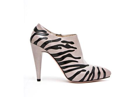 Prada Deri Topuklu Ayakkabı Bot