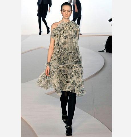 Valentino uçuşan karma şal desenli elbise