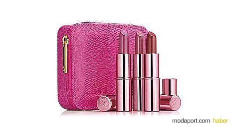 Ünlü kozmetik markası Estee Lauder ruj setinde 3 farklı renkte ruj var