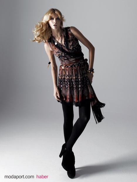 Koton 2008 Sonbahar 2009 Kış Koleksiyonu - Boho Rock Temasından Kısa Elbise - Fiyatı: 129.99 YTL