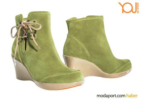 Yeşil süetten bilek botları