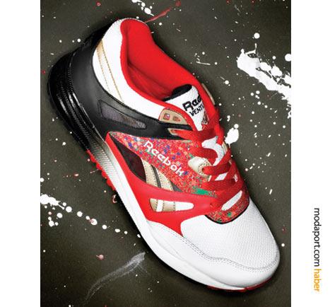 Kırmızı spor ayakkabı, bir diğer seksenler nostaljisi..