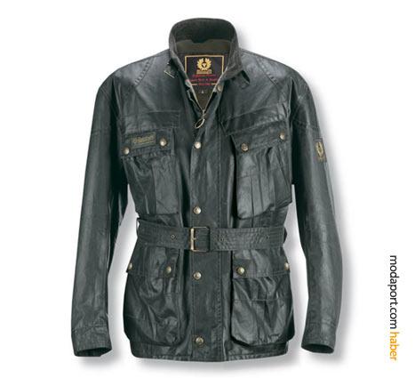 Belstaff'ın artık klasik haline gelen çok cepli deri ceketinin fiyatı 647,5 YTL.