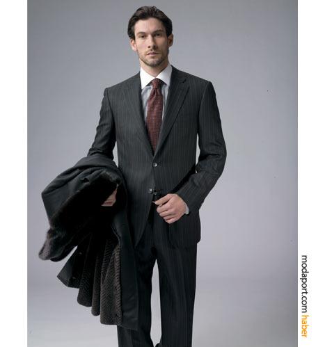 Klasik çizgili Brioni takım elbise