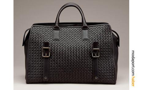 Bu deri Bottega Veneta erkek çantası, iş seyahatleri için ideal