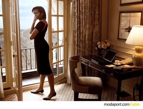 Bayan Obama'nın siyah Narciso Rodriguez elbisesi, kendi gardrobundan