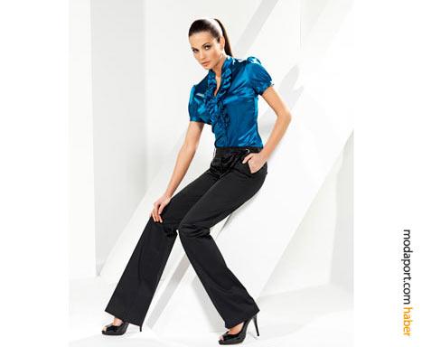 Saten gömlek ve siyah pantolon kombinasyonu