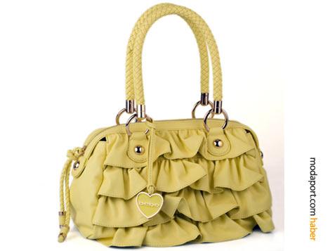 Sarı fırfırlı Bebe çanta, yazın neşesini yansıtıyor