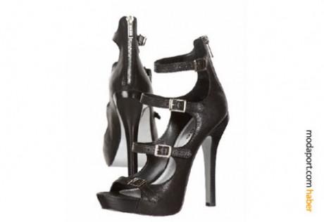 Bebe'nin yüksek topuklu ayakkabı modellerinden biri..