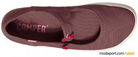 Camper'ın 2009 yazı için tasarlanmış bez bayan ayakkabı modeli