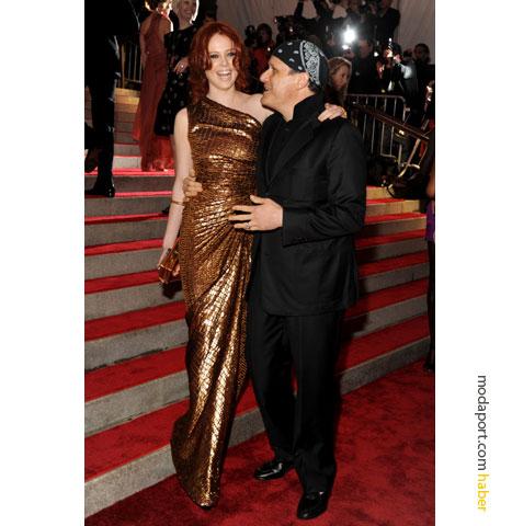 Isaac Mizrahi altın renkli gece elbisesi