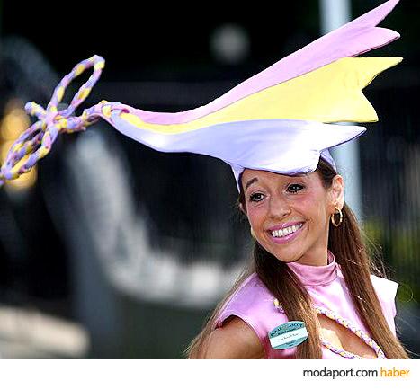 Tracy Rose'un çılgın şapkası