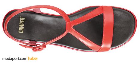 Camper kırmızı deriden sandalet indirimde 161,40 TL