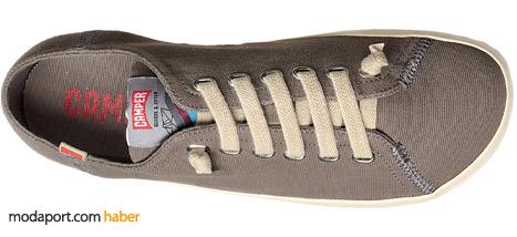 Camper'ın kumaş ayakkabı modellerinden biri.. Fiyatı 111,30 TL