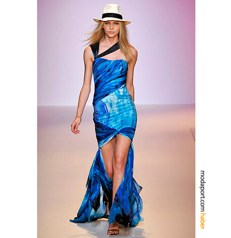 Emanuel Ungaro kuyruklu mini elbise, ya da önü kısa uzun elbise