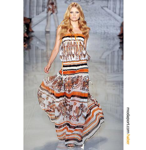 Gucci'nin 2009 resort koleksiyonundan straplez elbise