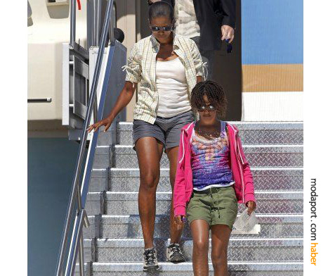Bayan Obama'nın şortlu giyim tarzı, tam bir Amerikalı tatilci havası taşıyor