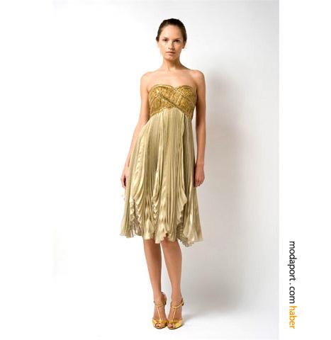 Abiye elbiselerin Orta Doğu'da da Hollywood'da da sevilen ismi Marchesa'dan diz altı bir model