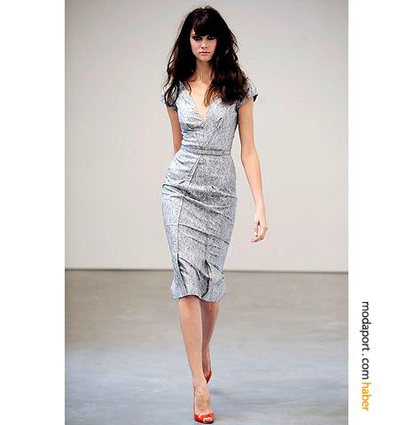 Nicole Kidman'ın Oscar tercihi L'Wren Scott'tan feminen bir yazlık elbise modeli