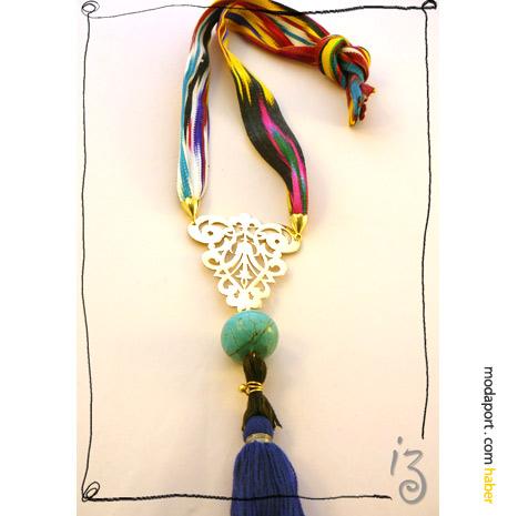 Didem Aras'ın Maybeshop'a özel tasarımı Orient kolye..