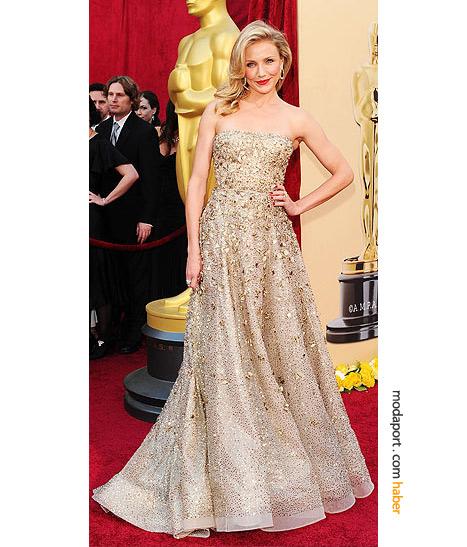 Cameron Diaz, Oscar de la Renta gece elbisesi ve Cartier mücevherleriyle..