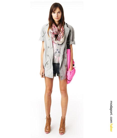 DKNY Jeans'in İlkbahar Yaz 2010 Koleksiyonundan genç ruhlu bir kombinasyon