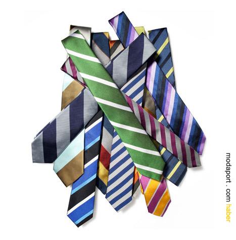 Bu yıl canlı renkli çizgili kravatların yılı