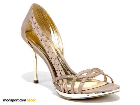 Desa yüksek topuklu ayakkabı modellerinden biri
