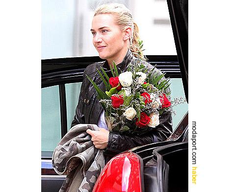 Kate Winslet, sevgilisinin hediyesi Belstaff deri ceketle
