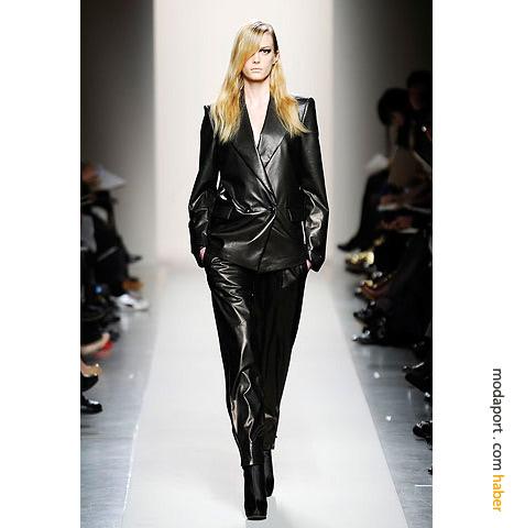 Bottega Veneta deri takım elbisesi