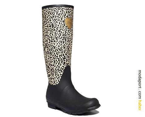 Guess leopar desenli yağmur çizmesi 69$
