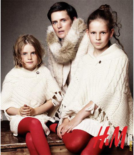 Anne ve kızları. Pançolar H&M Tükiye'ye gelmemiş olabilir.