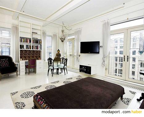 Miranda Kerr'in beyaz ağırlıklı oturma odası