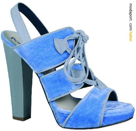Michael Van der Ham koleksiyonu için mavi süet topuklu ayakkabı