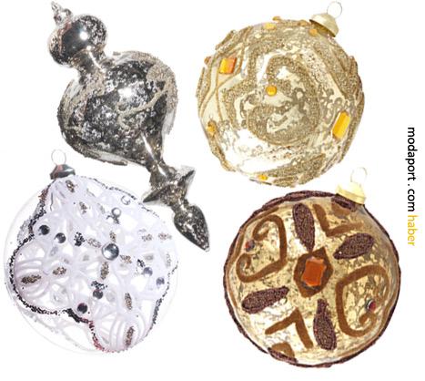 El boyaması yılbaşı topları