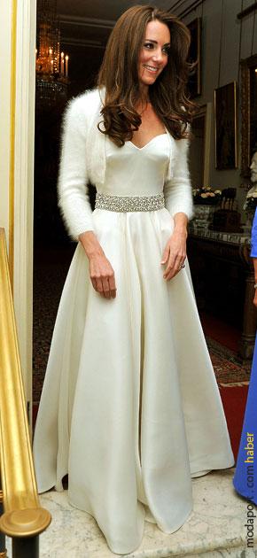 Bir prensesin parti elbisesi..